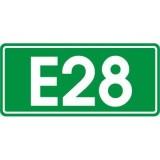 E-16 Numer szlaku międzynarodowego. Wskazuje numer i rodzaj (kategorię) drogi