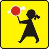 Tabliczka T-27 Dzieci. Tabliczka wskazująca, że przejście dla pieszych jest szczególnie uczęszczane przez dzieci