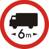 B-17 Zakaz wjazdu pojazdów o długości ponad ... m. Oznacza zakaz ruchu pojazdów i zespołów pojazdów, których długość (również z ładunkiem) jest większa od wartości podanej na znaku