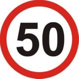 B-33 Ograniczenie prędkości. Oznacza zakaz przekraczania prędkości określonej na znaku. Dopuszczalna prędkość określona na znaku obowiązuje do wprowadzenia innej dopuszczalnej prędkości znakiem B-33 lub B-43, umieszczenia znaku D-40 (początek strefy zamieszkania) lub znaków oznaczających początek lub koniec obszaru zabudowanego